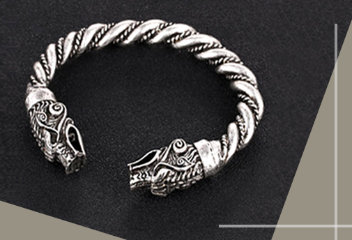 Заказной эксклюзивный браслет из серебра в виде дракона
