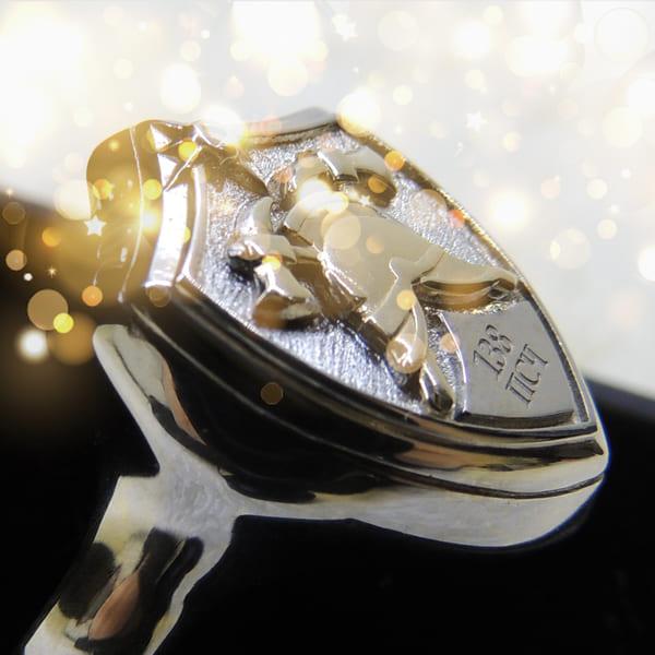 Подарочный перстень из серебра с пожарной символикой с гравировкой 138 ПСЧ